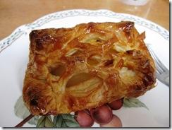 パン屋さんのアップルパイ
